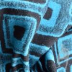 Полушерстяная ткань с геометрическим орнаментом